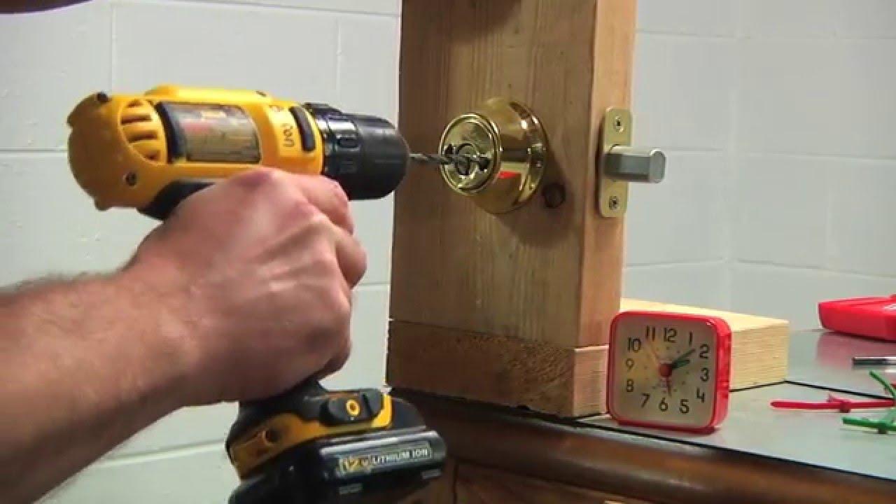 4 Methods To Open Your Locked Door
